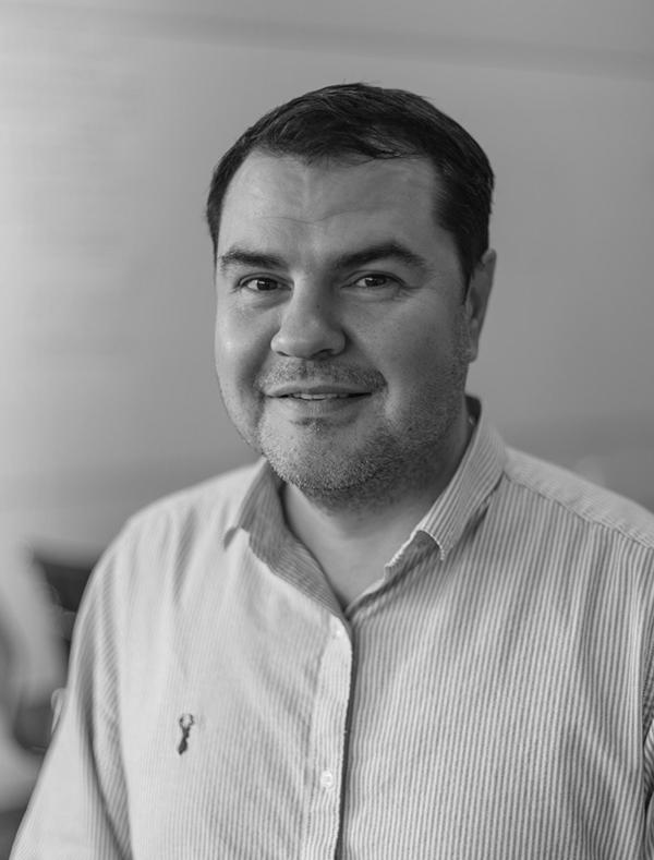 Alexandr Tkachev - SENIOR 3D VISUALIZATION SPECIALIST